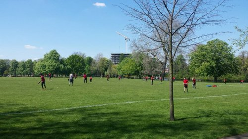 Clissold Park Green Lanes Hackney North London N16 9hj Sports Facility Book Online