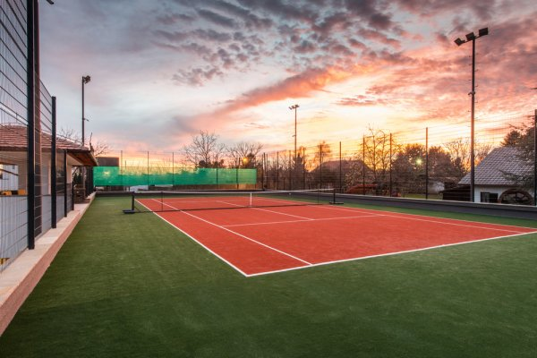 Best Places To Play Tennis in Derby