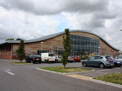 Pelhams park leisure centre manor farm road kinson bournemouth dorset bh10 7lf sports for Park road swimming pool opening times